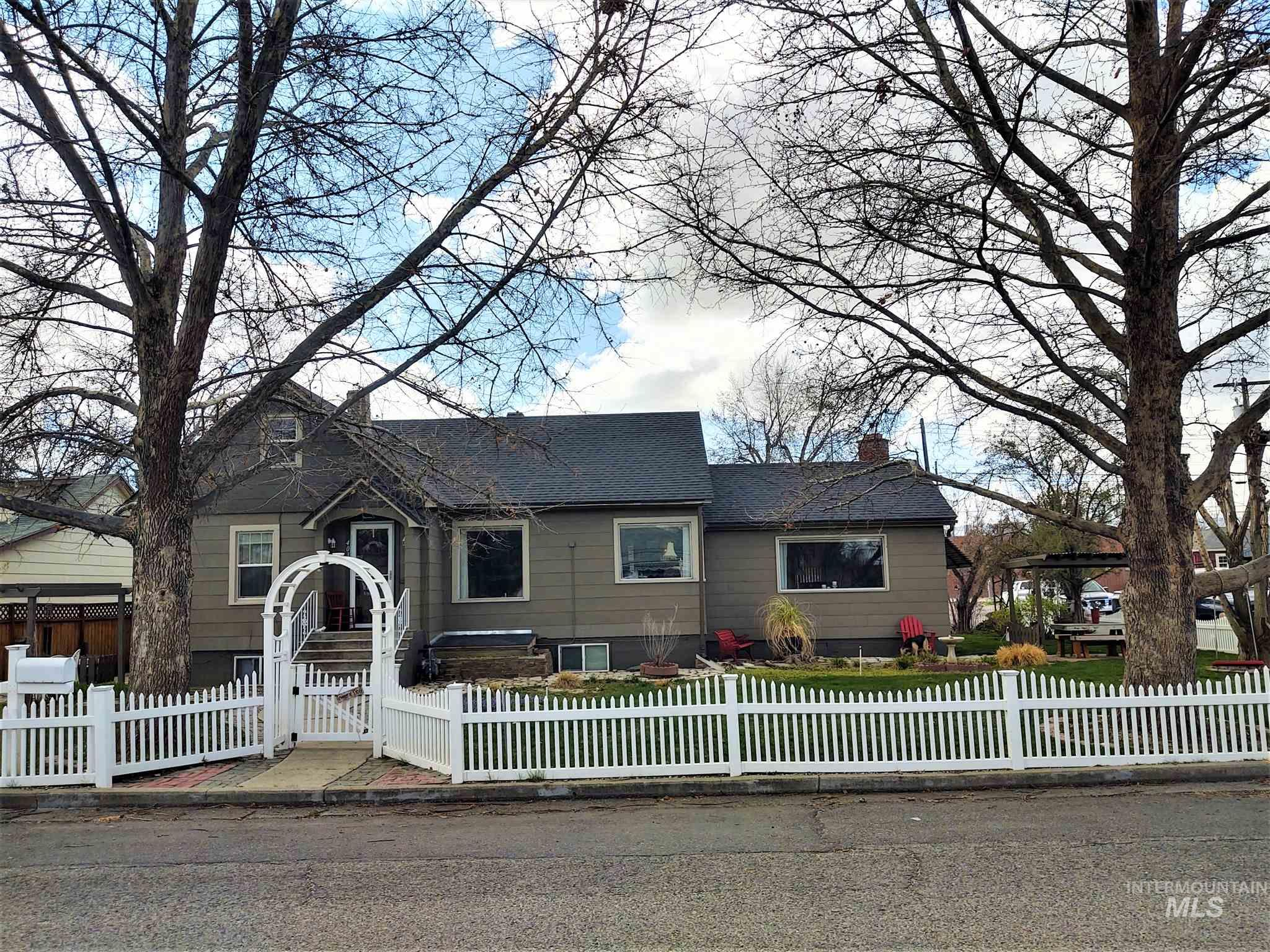 403 E 3rd Street Property Photo - Emmett, ID real estate listing