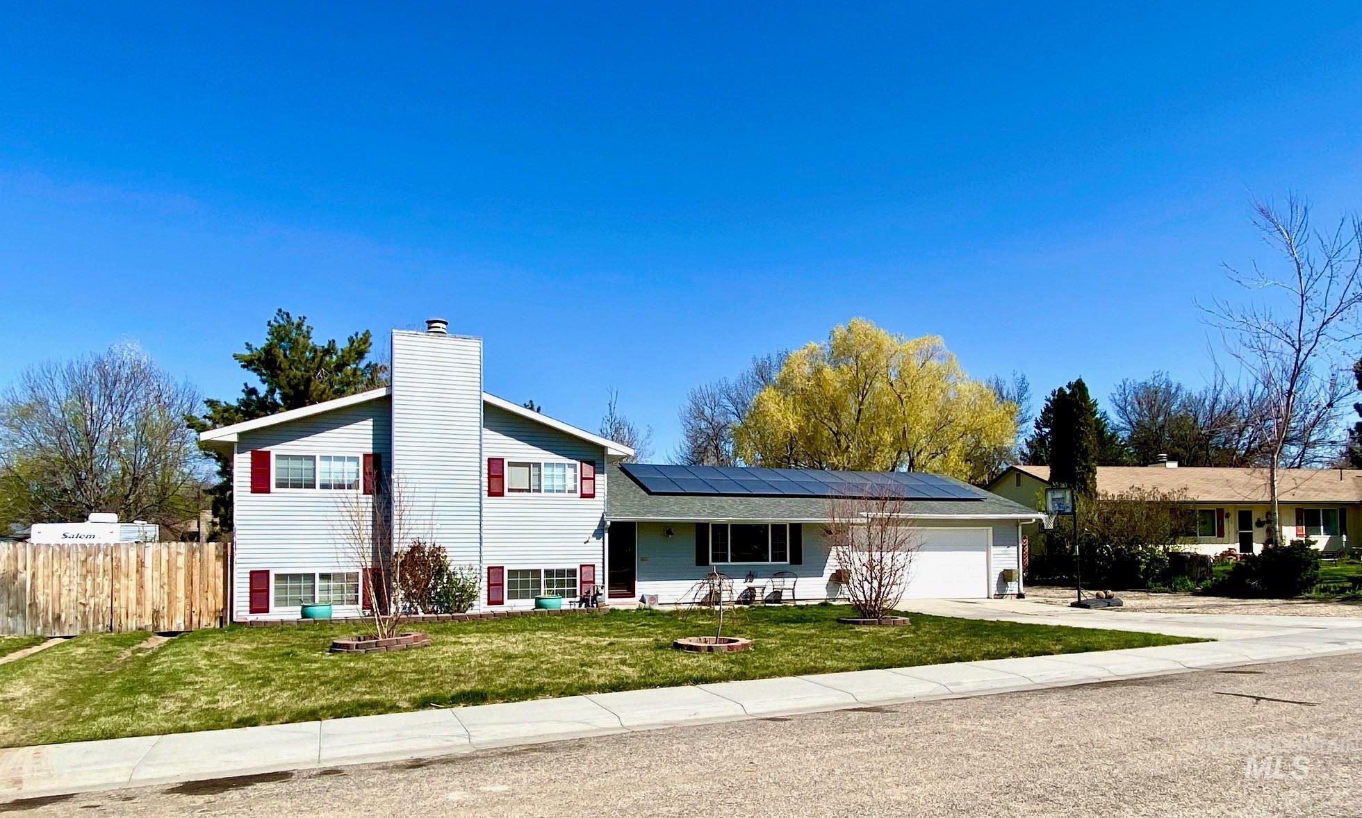 10686 W Winterhawk Dr Property Photo - Boise, ID real estate listing