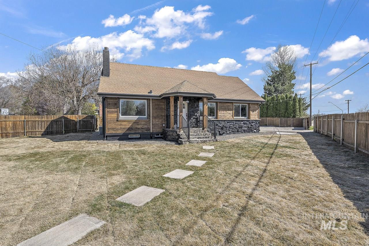 103 W Willoway Property Photo - Boise, ID real estate listing