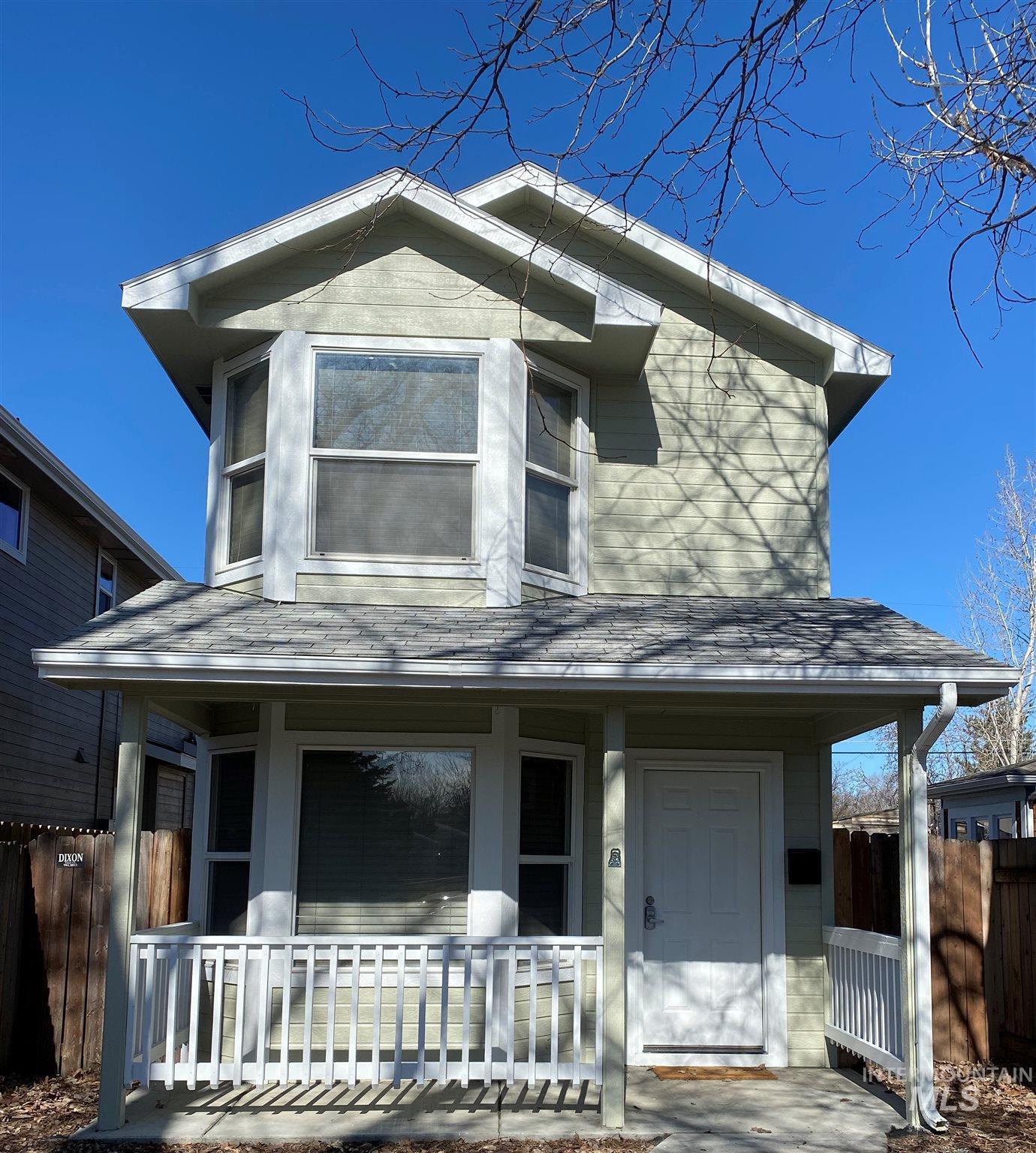 Frank Davis Addition Real Estate Listings Main Image