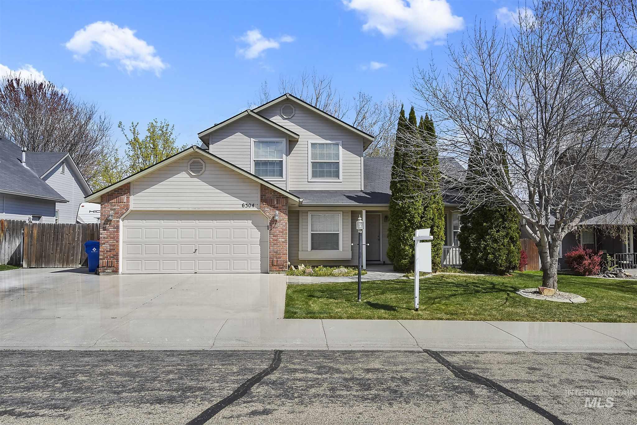 Moon Ridge Real Estate Listings Main Image