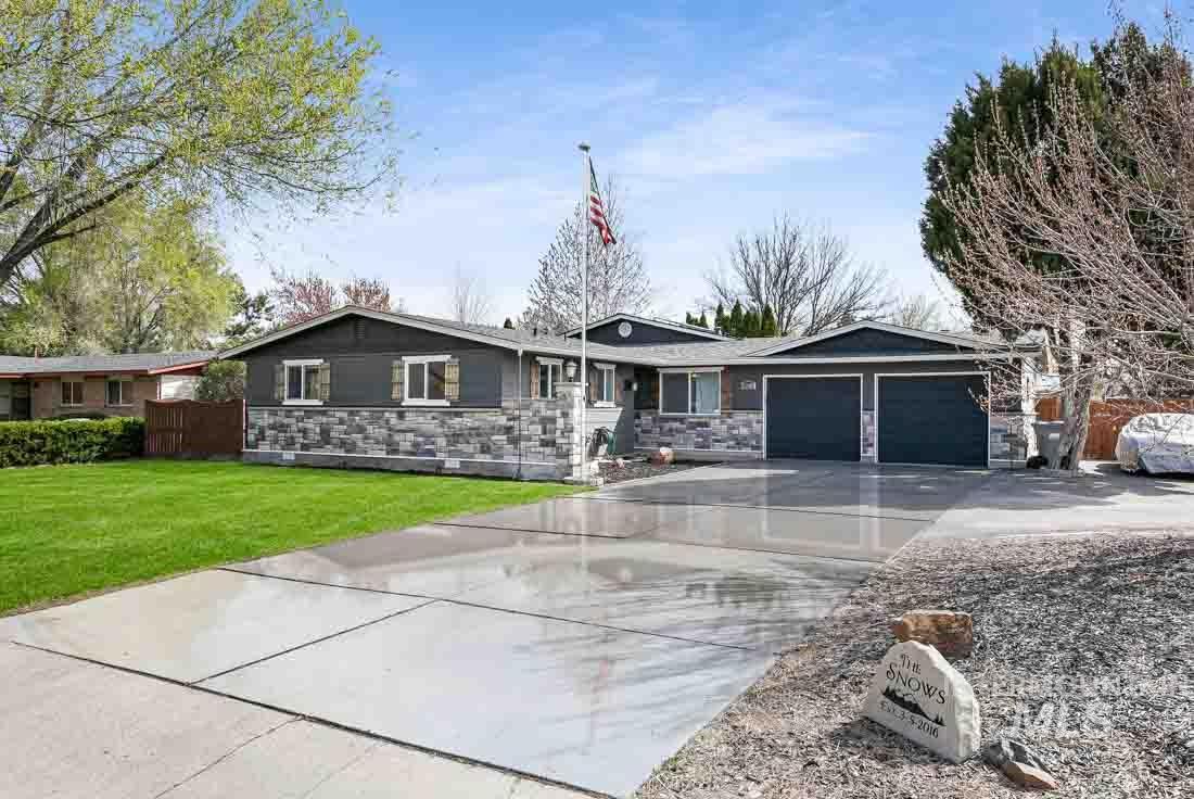 2280 N MAPLE GROVE Property Photo - Boise, ID real estate listing