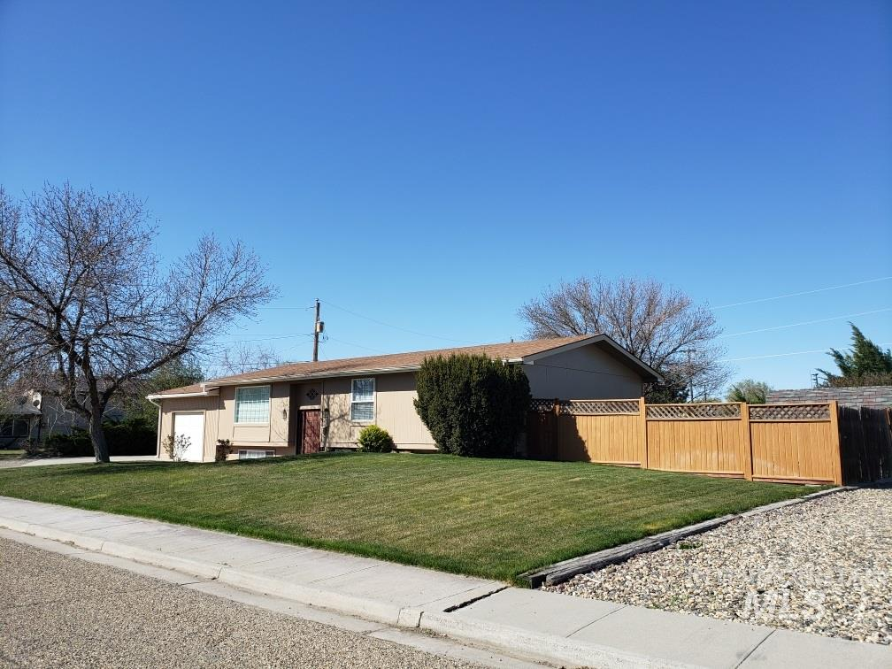 409 S 9th St Property Photo - Nyssa, OR real estate listing