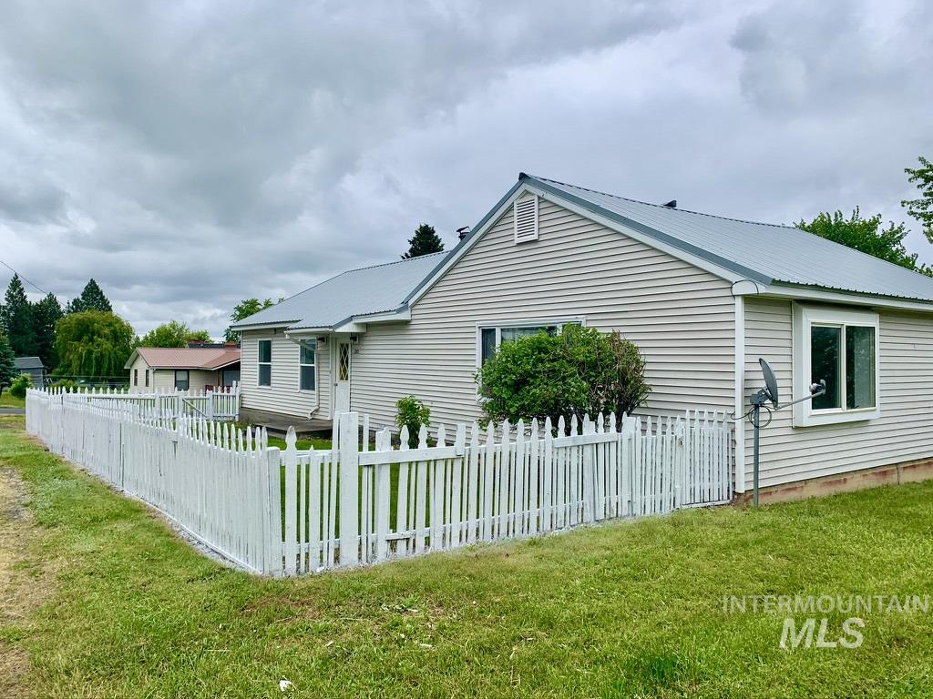 713 N College Street Property Photo - Grangeville, ID real estate listing