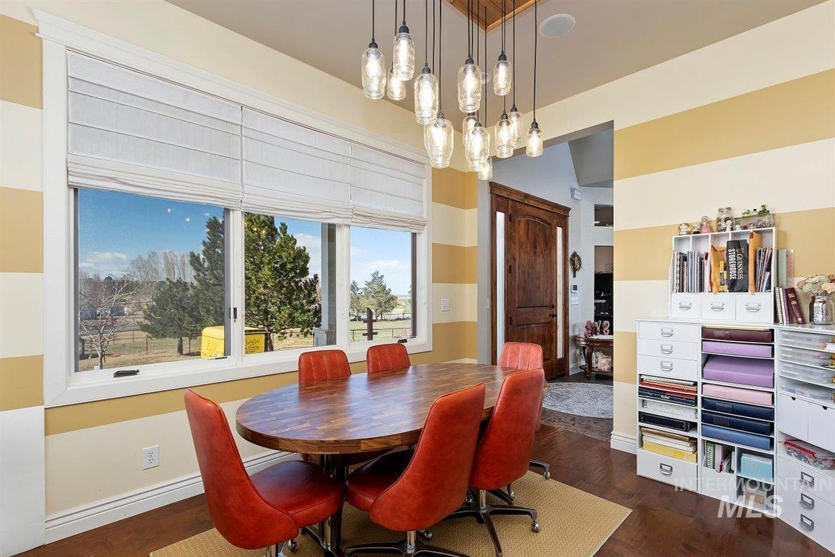 978 S 1200 E Property Photo 31