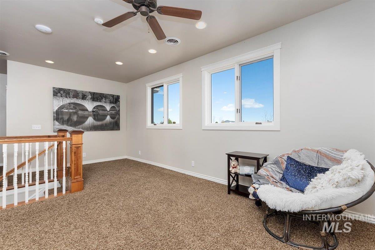 978 S 1200 E Property Photo 34