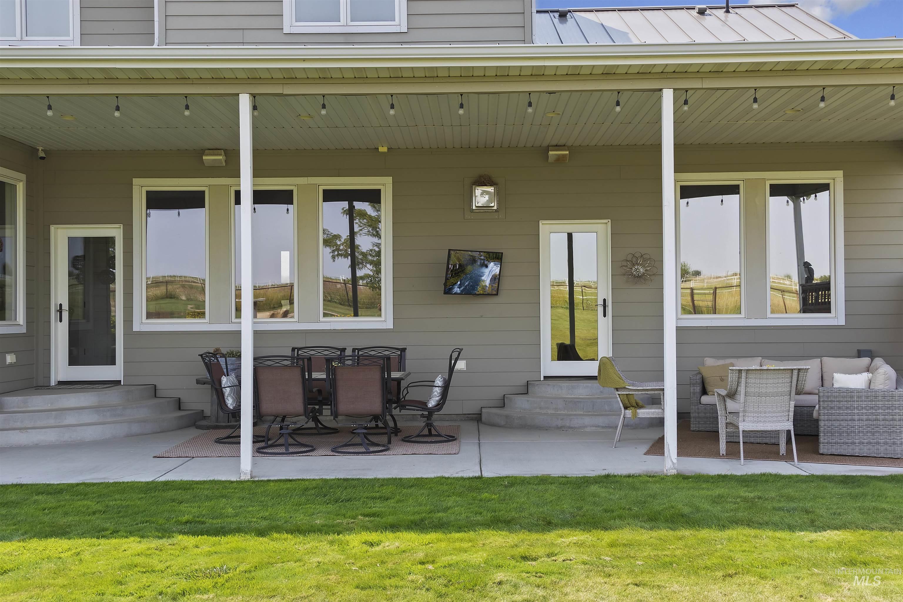 978 S 1200 E Property Photo 42