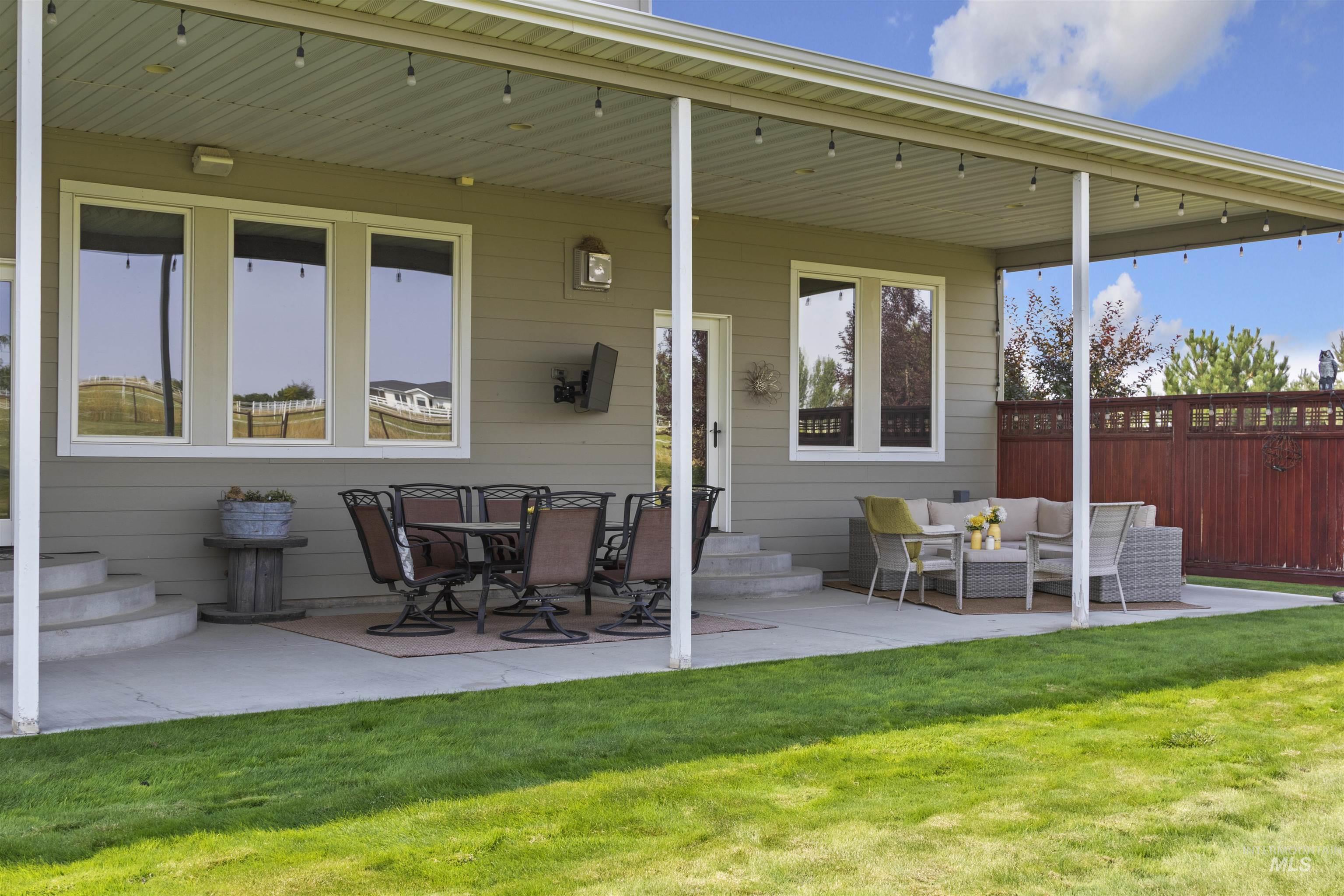978 S 1200 E Property Photo 43