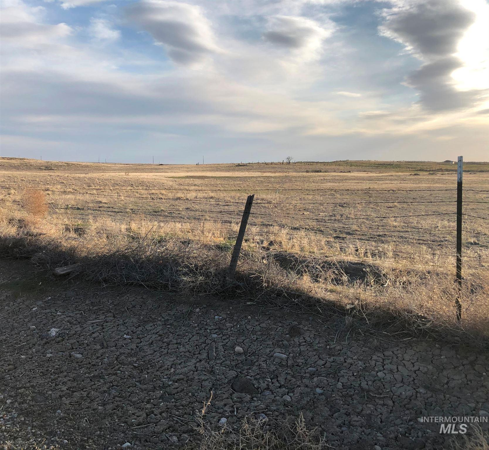 407 N 70 W Property Photo - Shoshone, ID real estate listing
