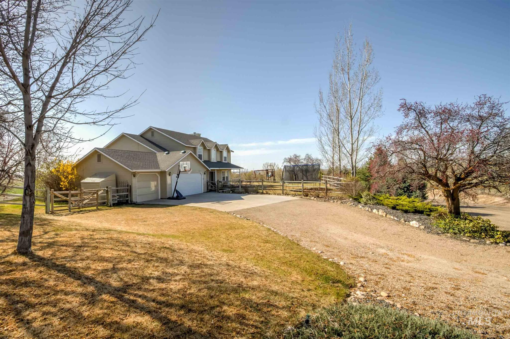 24440 Kenridge Rd Property Photo