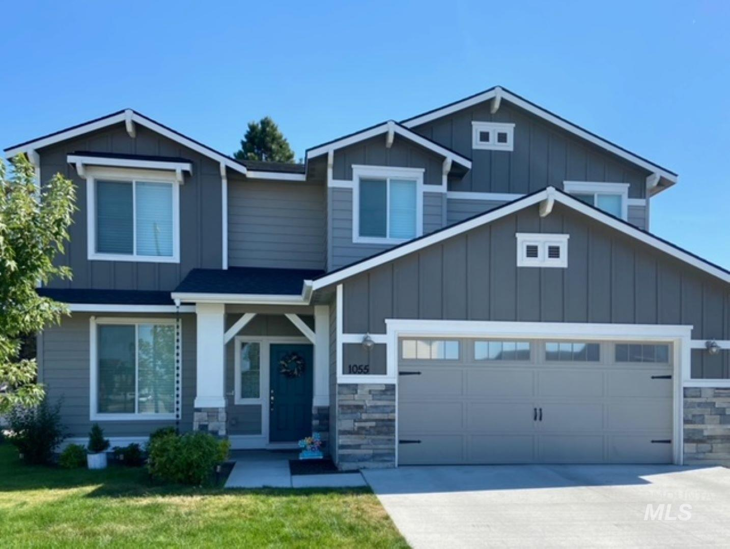 1055 W Crosswind Street Property Photo - Meridian, ID real estate listing