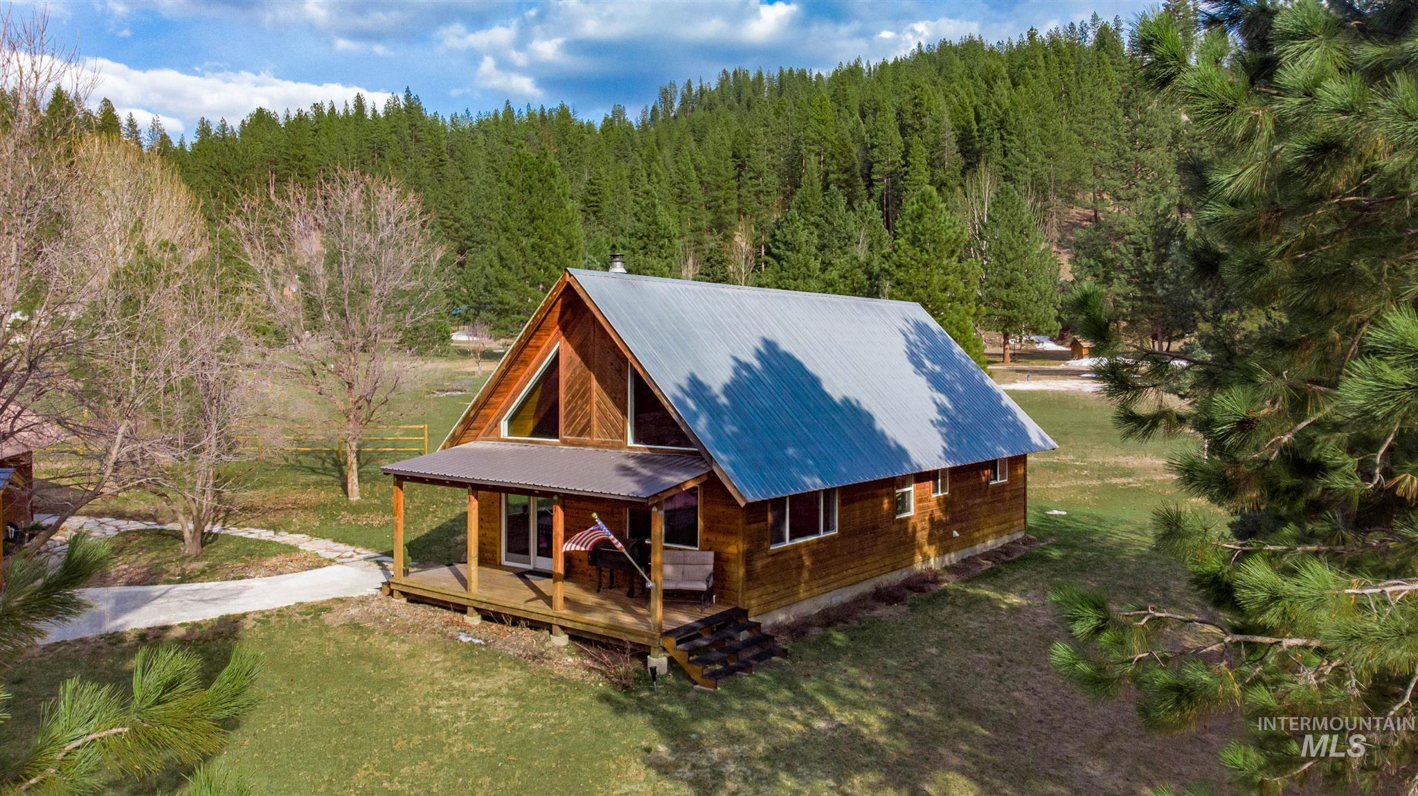 5 Pyle Creek Rd Property Photo - Garden Valley, ID real estate listing