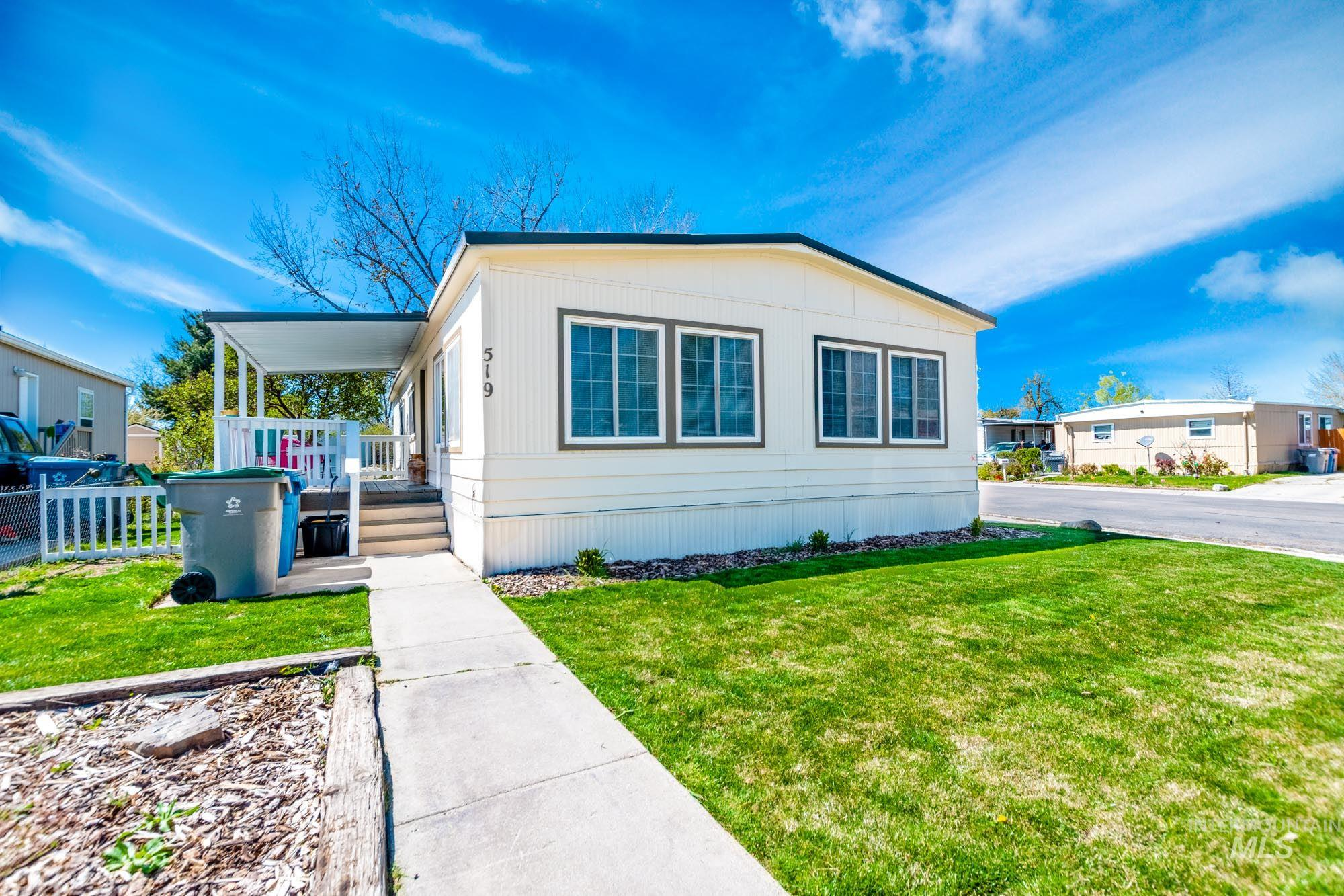 519 Meadowland Dr Property Photo - Boise, ID real estate listing