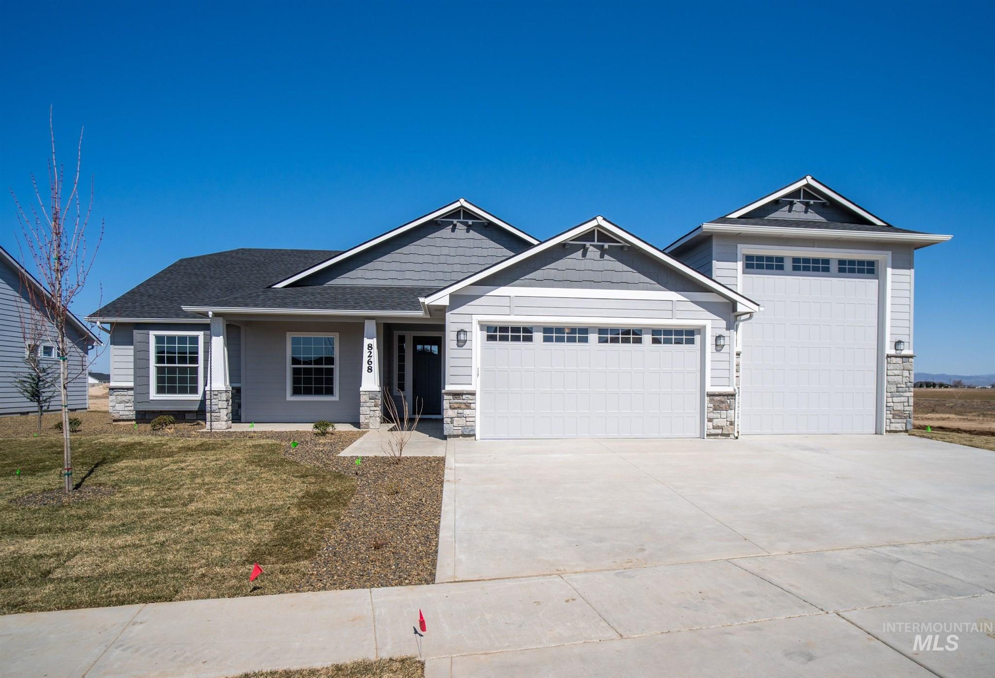 Target:ridgevue E Real Estate Listings Main Image