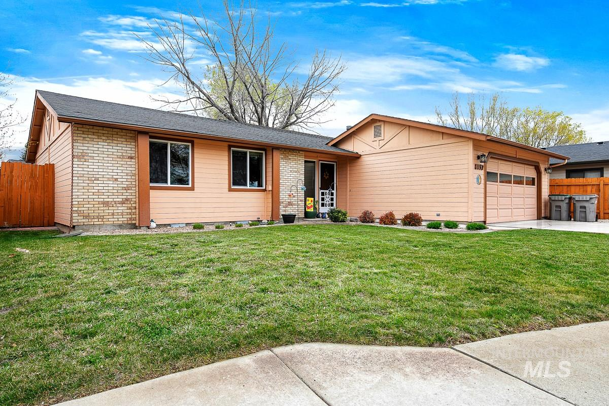 8097 W Canterbury Ct Property Photo - Boise, ID real estate listing