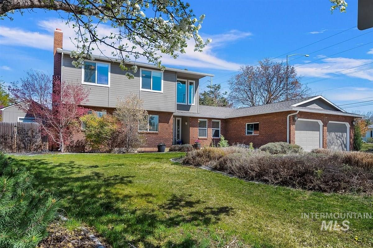 9008 W Donnybrook Ct Property Photo - Boise, ID real estate listing