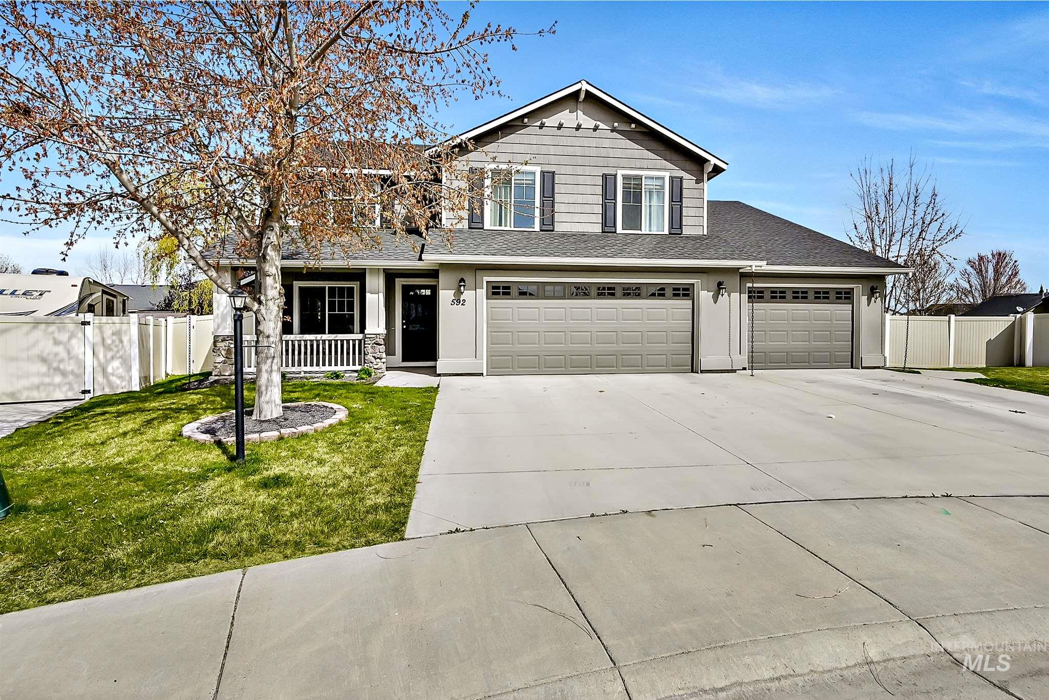 592 W White Sands Ct. Property Photo - Meridian, ID real estate listing