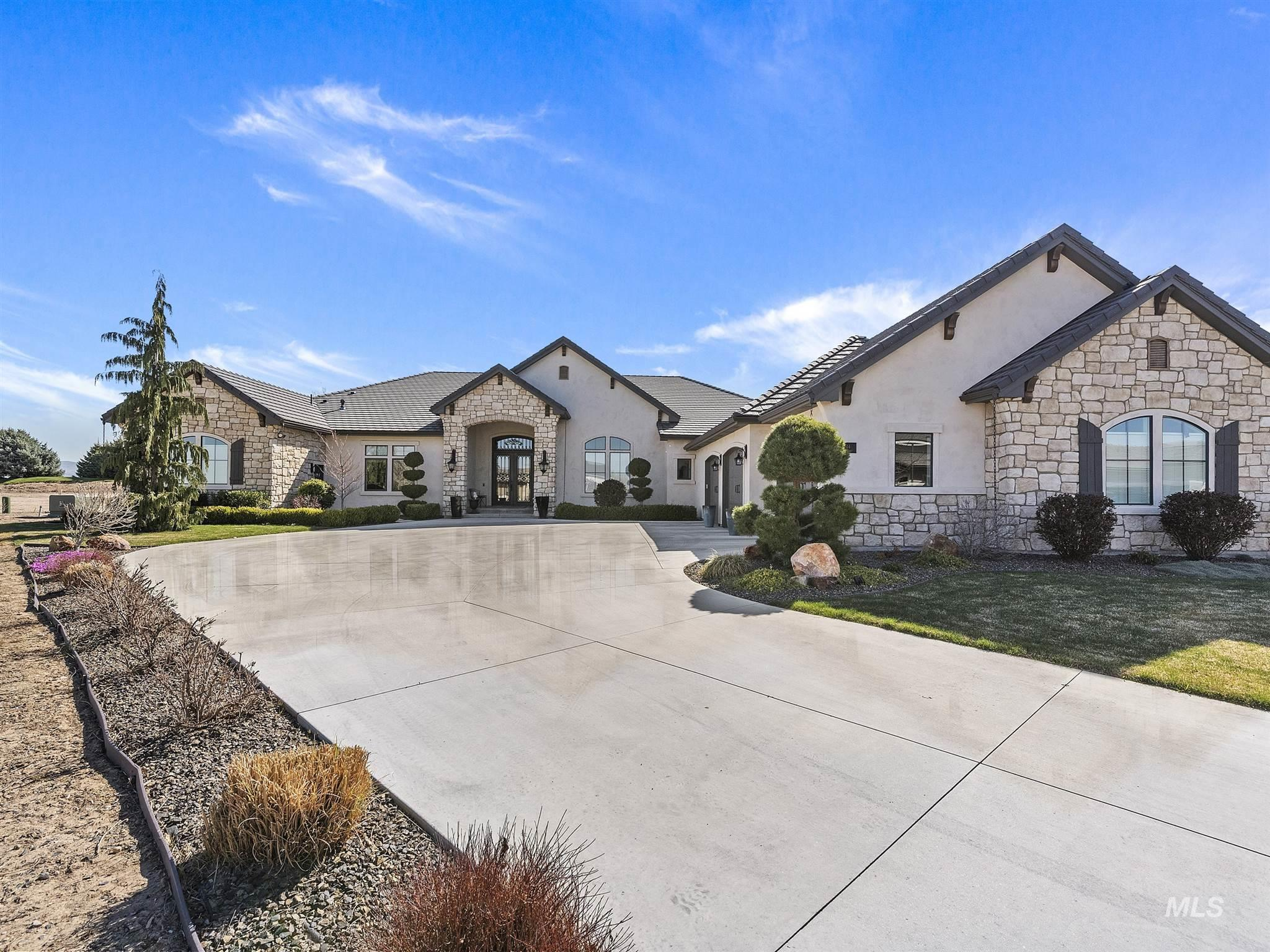 3244 W Salix Drive Property Photo - Meridian, ID real estate listing