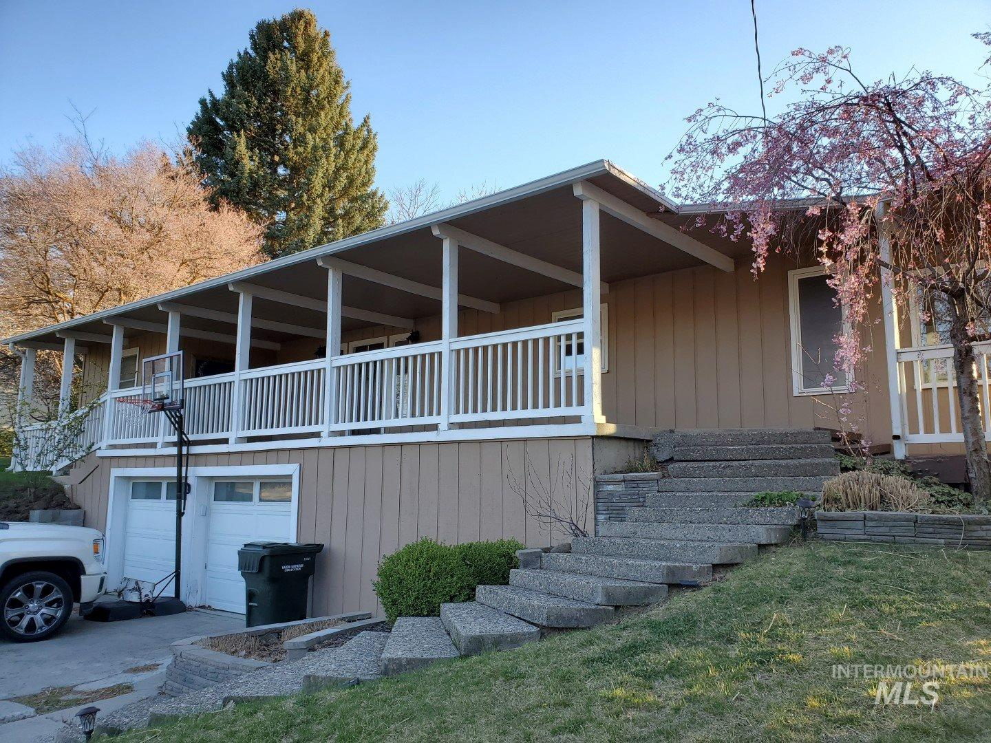 634 Hughes Dr Property Photo - Payette, ID real estate listing