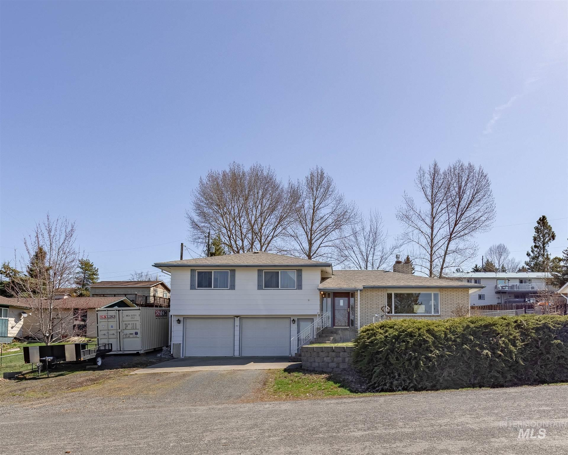 503 Christi St Property Photo - Troy, ID real estate listing