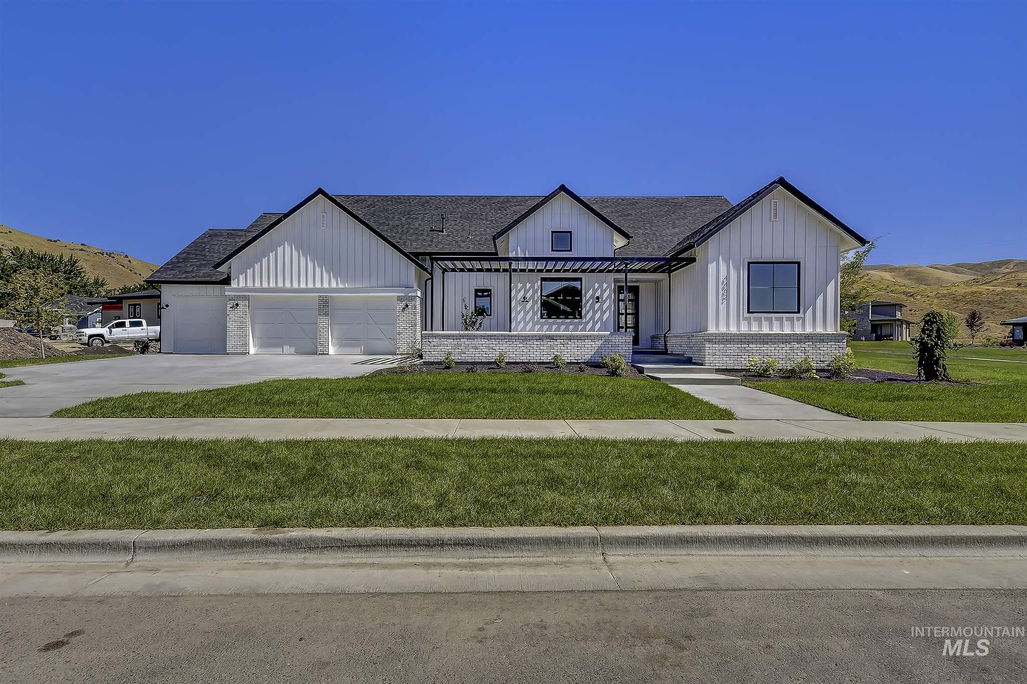 Dallas Harris Estates Real Estate Listings Main Image
