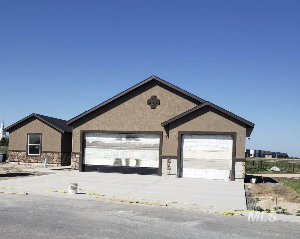 1529 Clear Creek Lp Property Photo 1