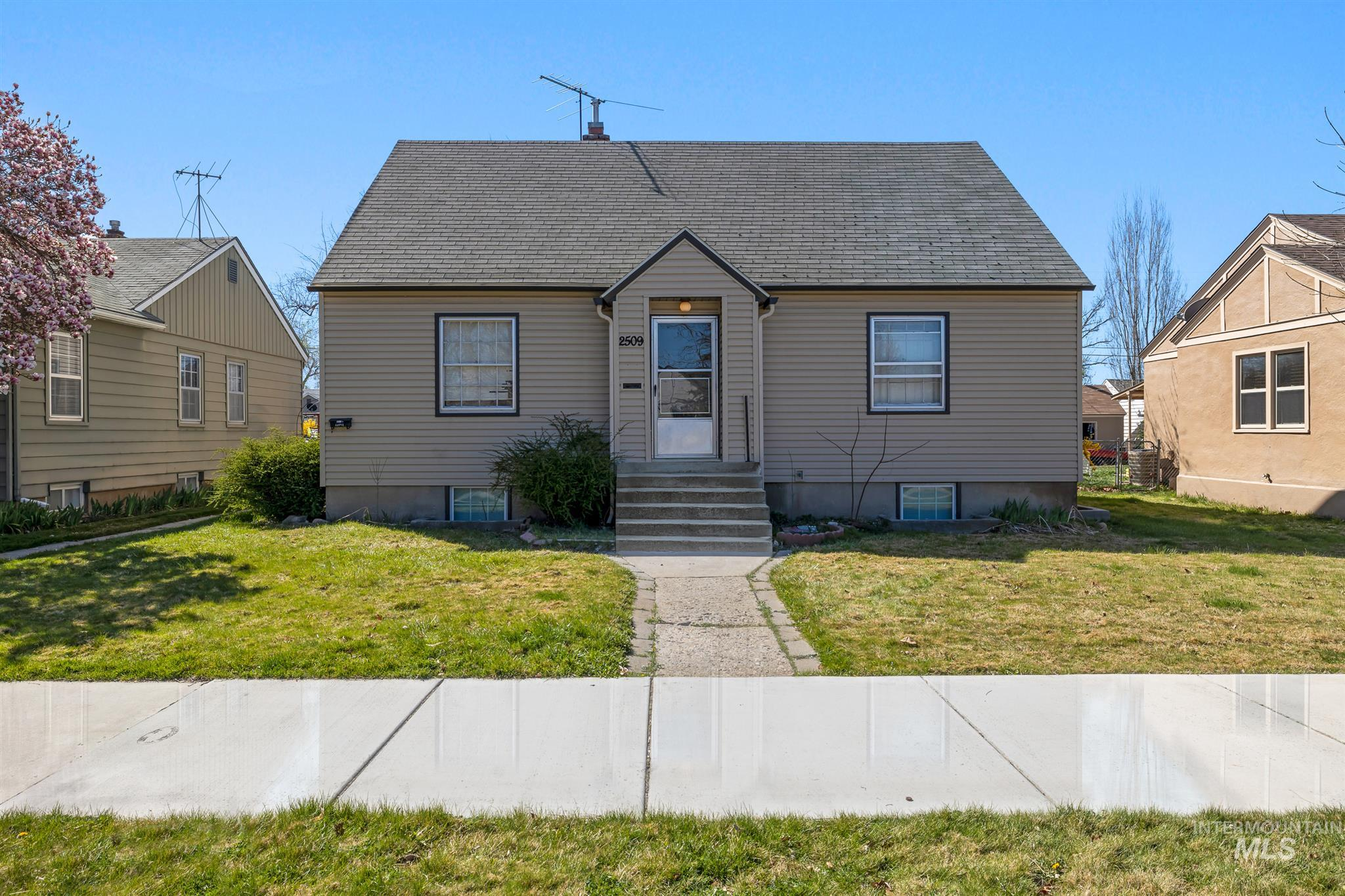 2509 W BANNOCK ST Property Photo - Boise, ID real estate listing
