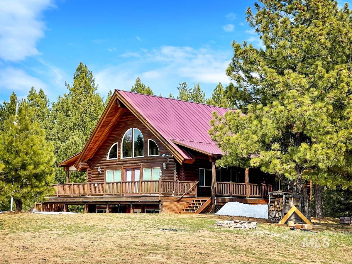 10360 Gamann Drive Property Photo - Cascade, ID real estate listing