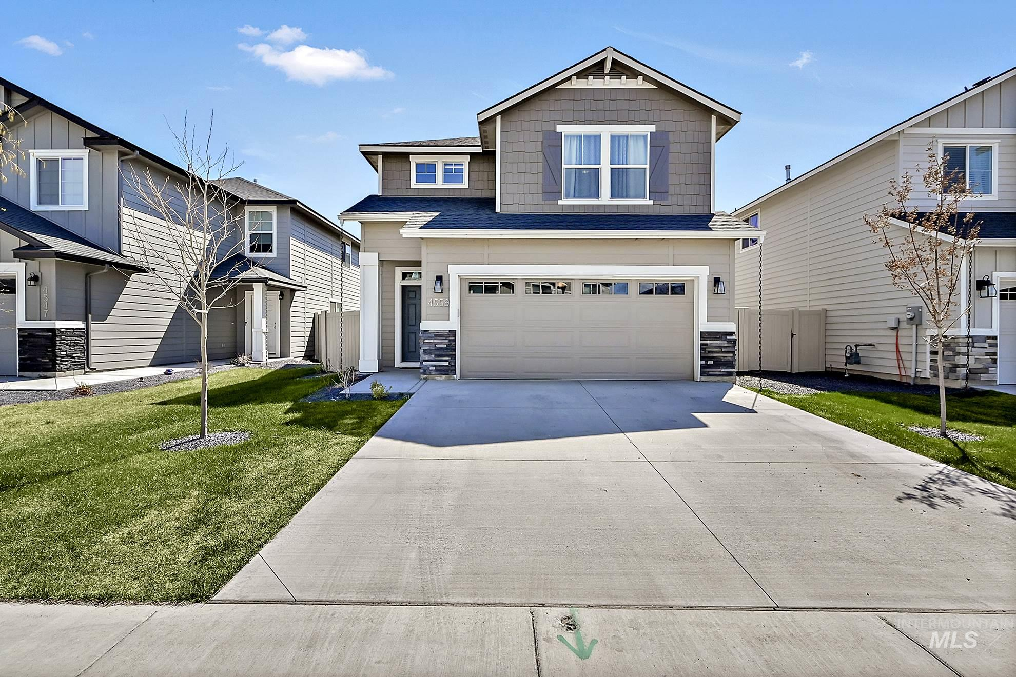 4559 W Silver River St Property Photo - Meridian, ID real estate listing