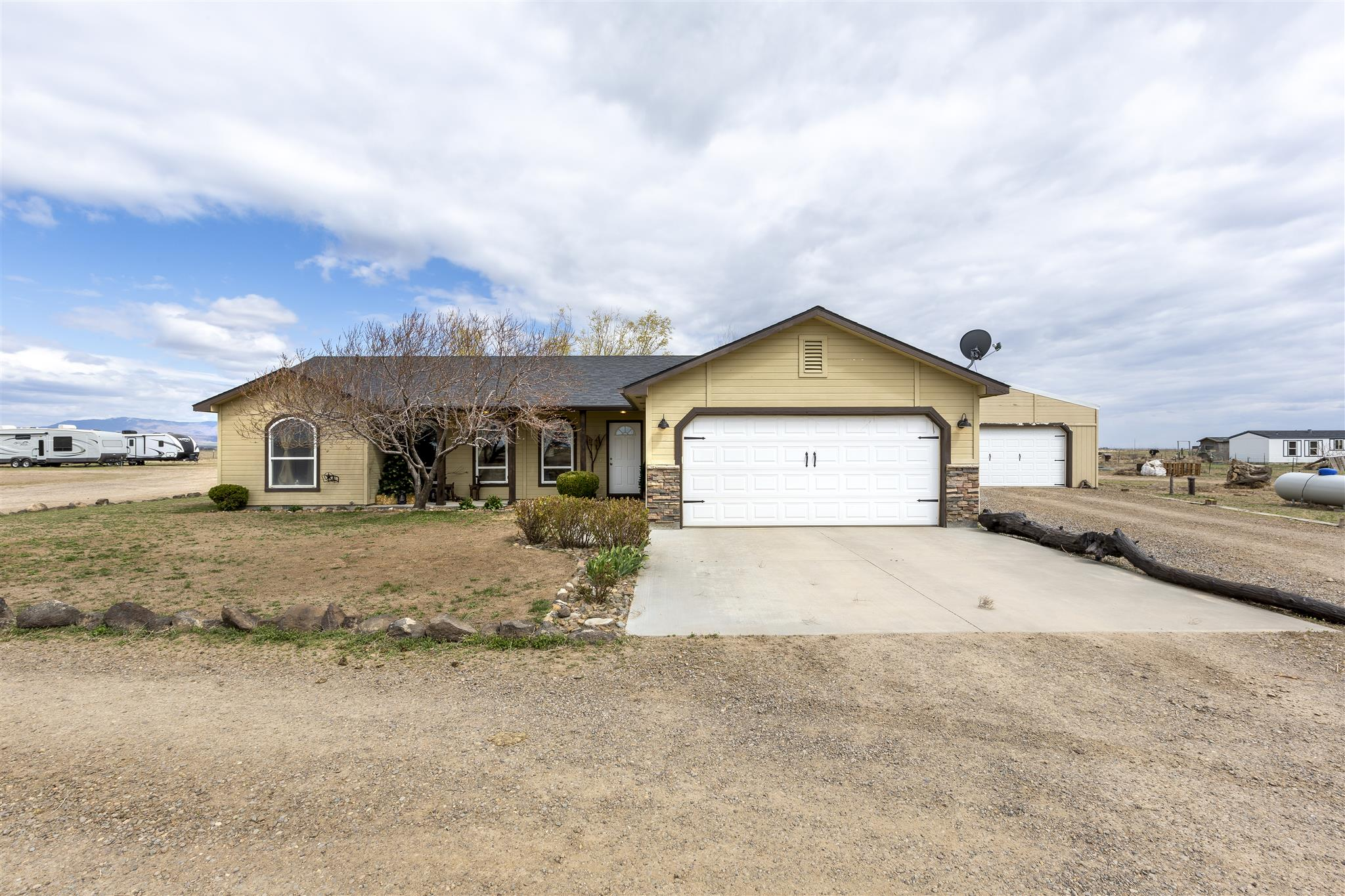 6910 SW Jarvis Property Photo - Mountain Home, ID real estate listing