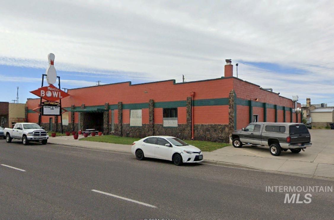 340 2nd Avenue East Property Photo
