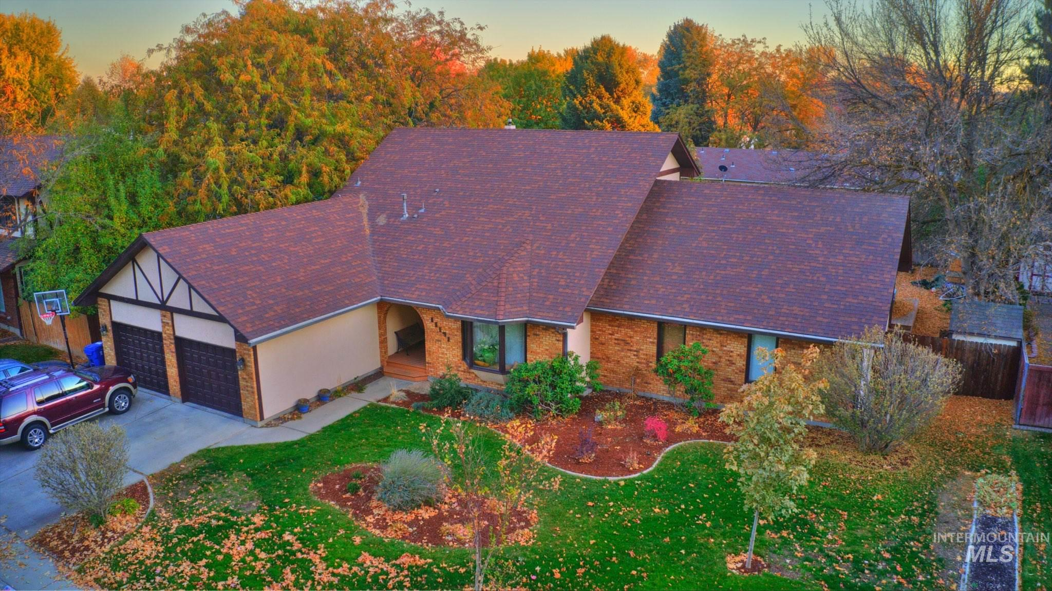 11151 W Hinsdale St Property Photo - Boise, ID real estate listing