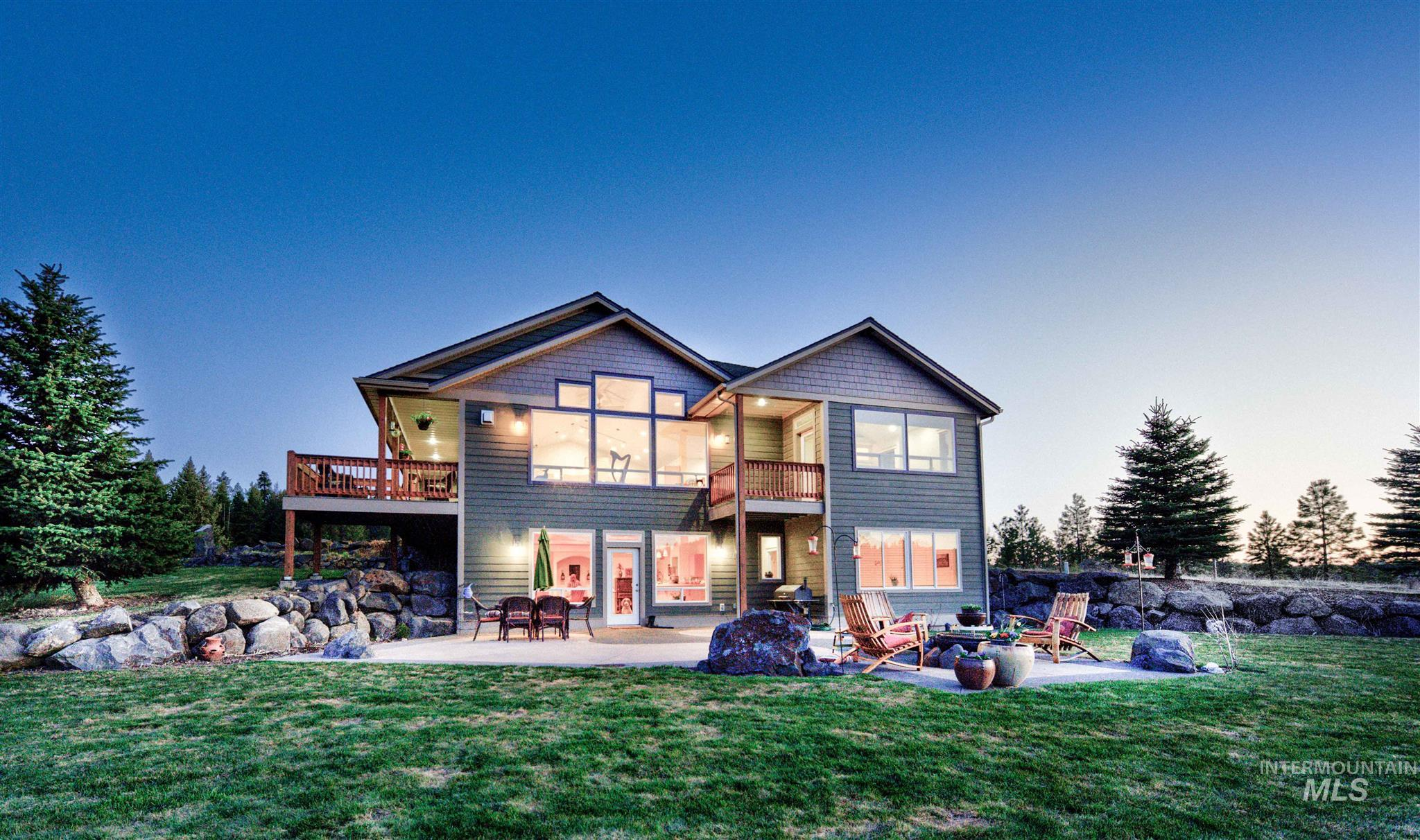 1227 Wallen Road Property Photo - Moscow, ID real estate listing