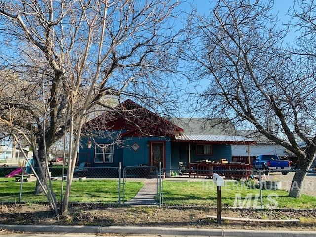 577 NW 3rd ave Property Photo - Ontario, OR real estate listing