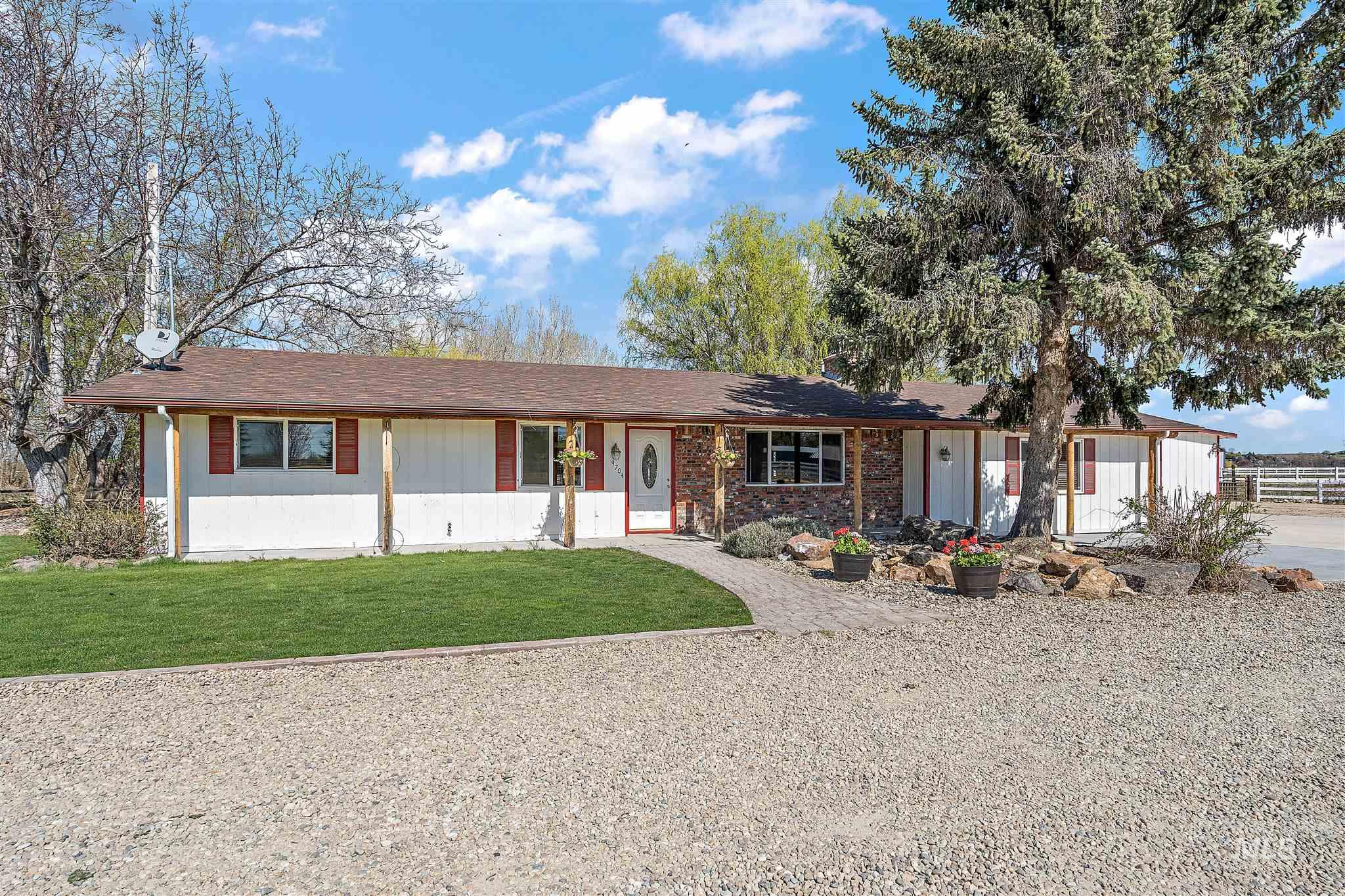 9704 HIGHWAY 44 Property Photo - Middleton, ID real estate listing