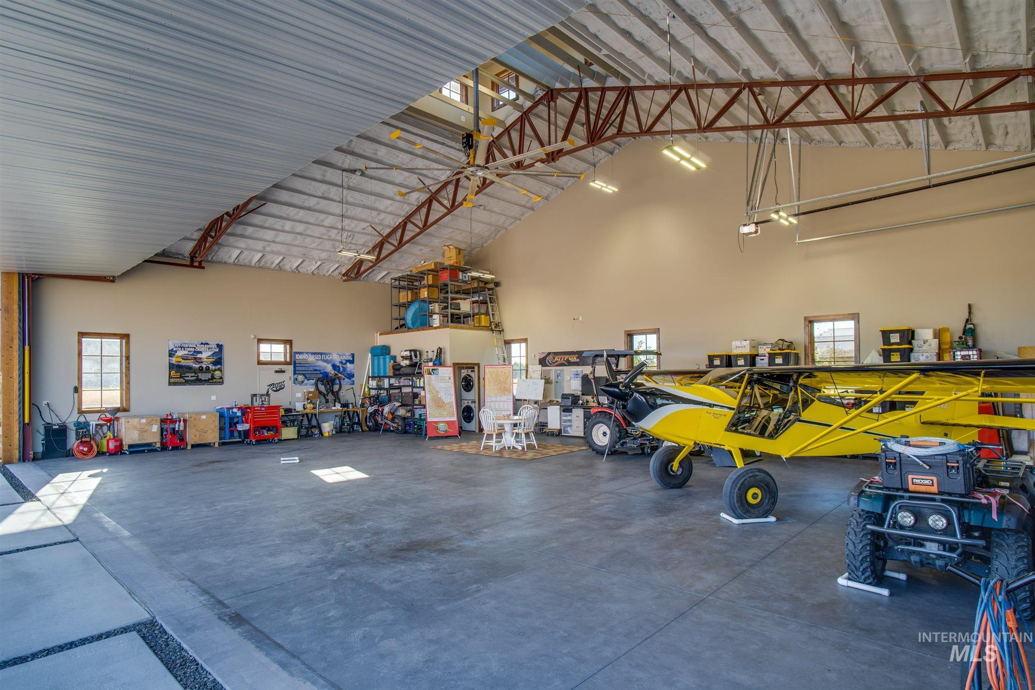 21331 Cessna Ct Property Photo 12