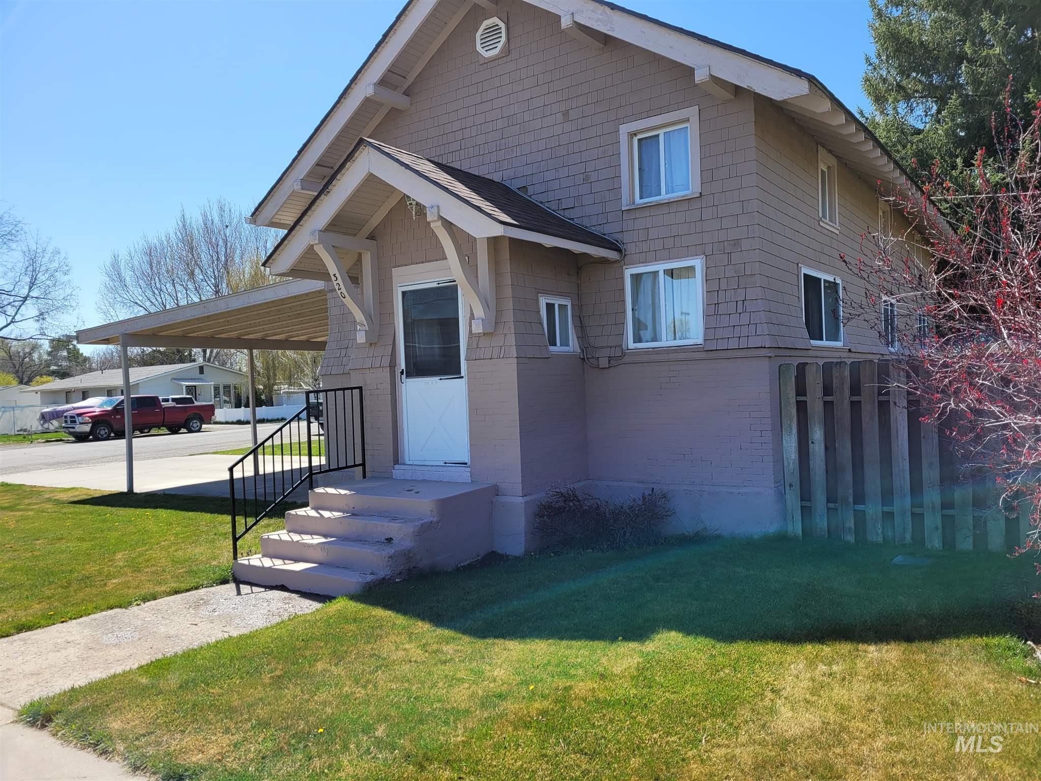 320 N Idaho Street Property Photo