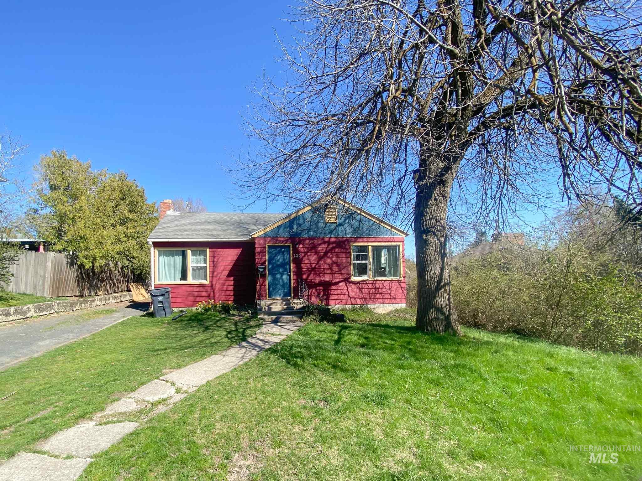 220 Cherry Property Photo - Moscow, ID real estate listing