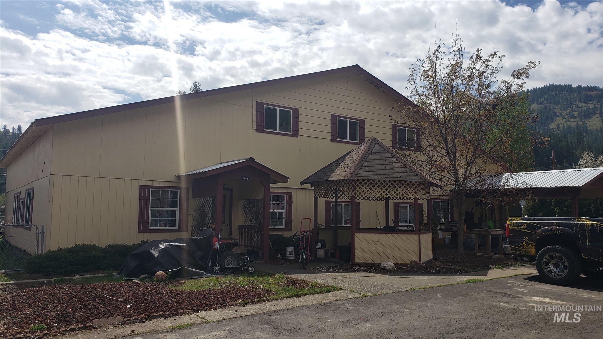 3362 Willow Street Property Photo