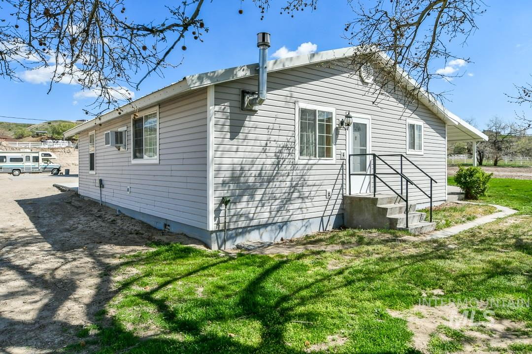 5750 Finley Rd Property Photo