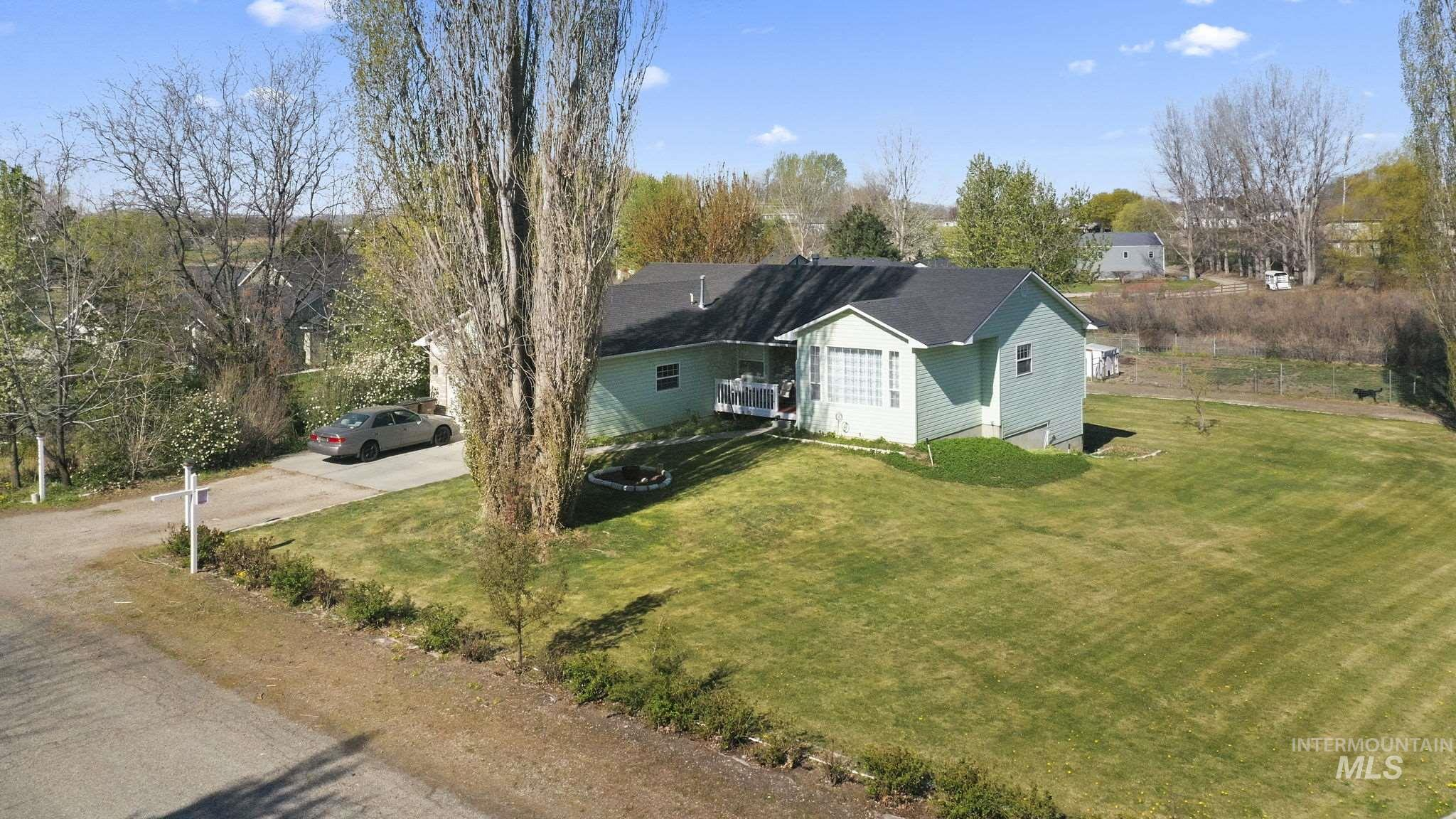 2299 Haw Creek Blvd Property Photo 1