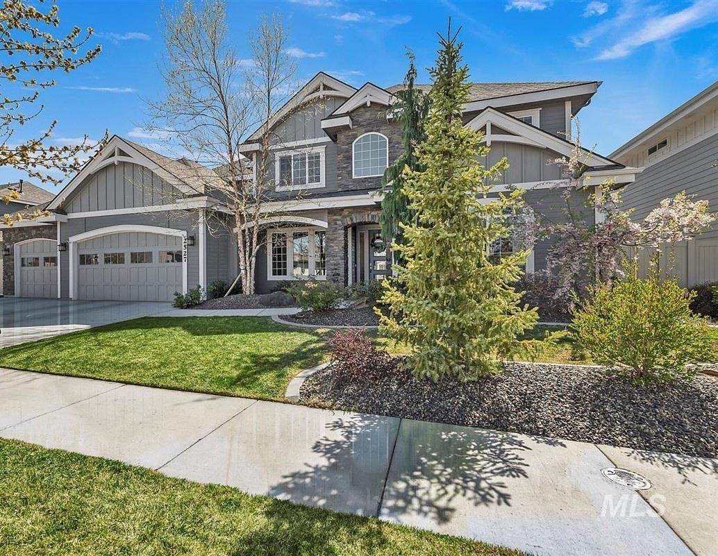 2527 E Taormina Drive Property Photo - Meridian, ID real estate listing