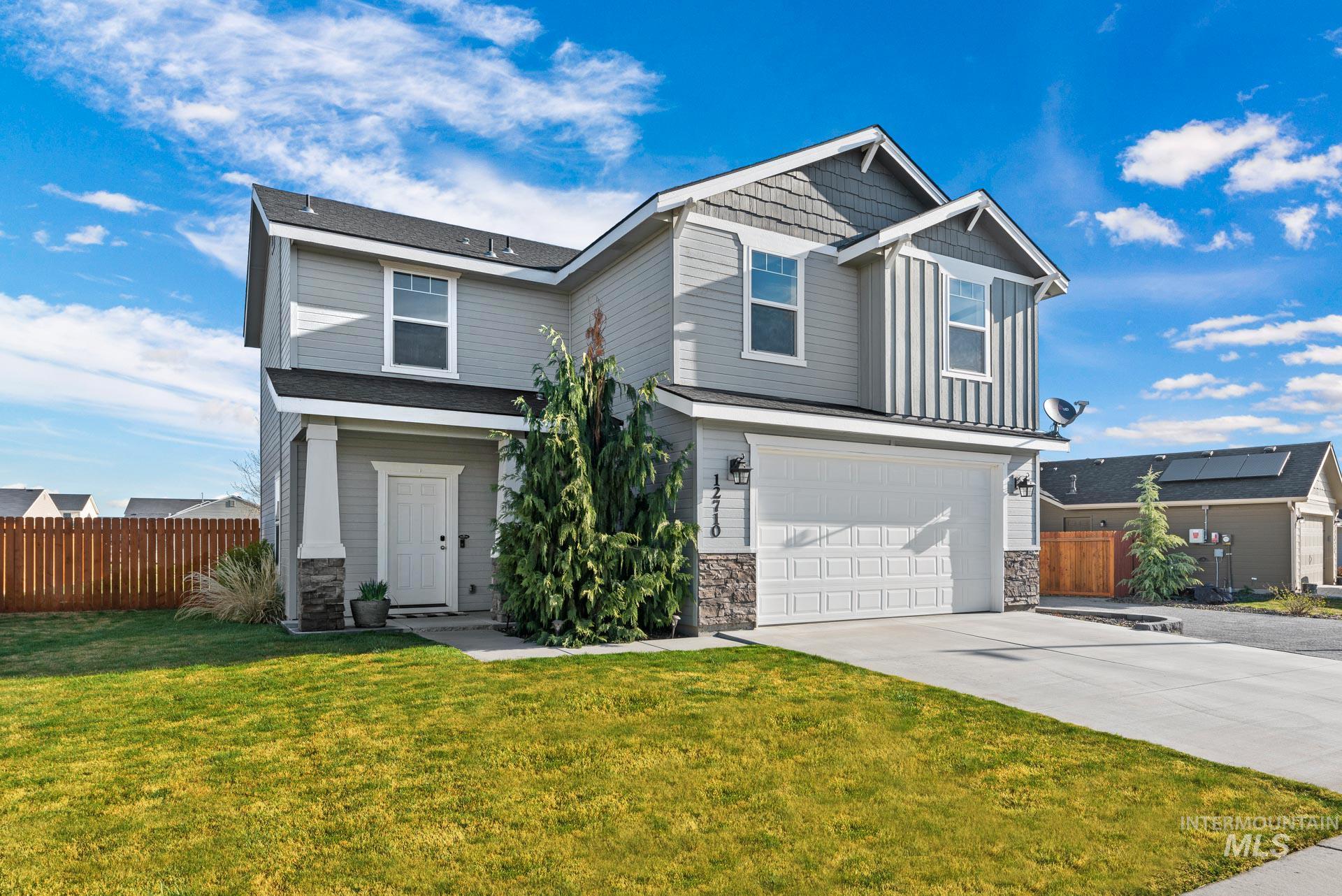 Fieldcrest Village Real Estate Listings Main Image