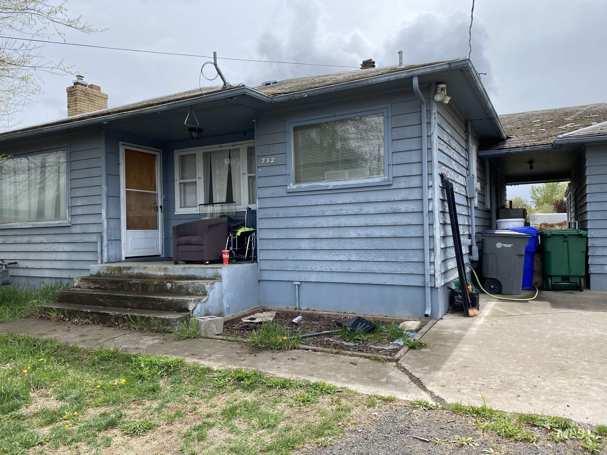 732 Bryden Avenue Property Photo