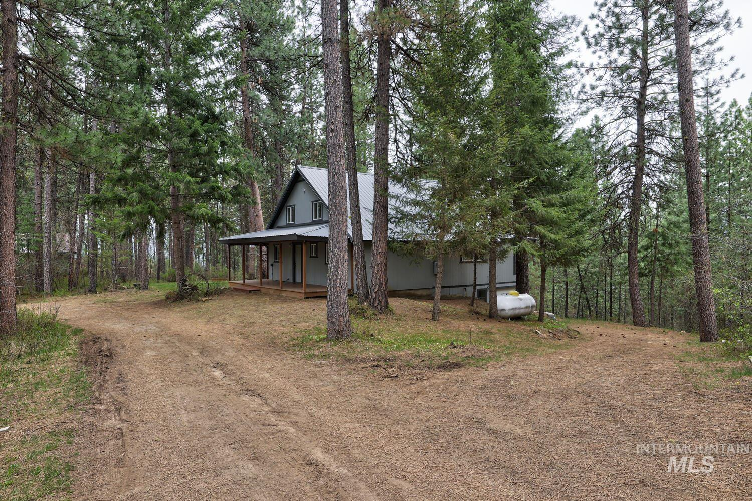 9 Huckleberry Property Photo - Garden Valley, ID real estate listing