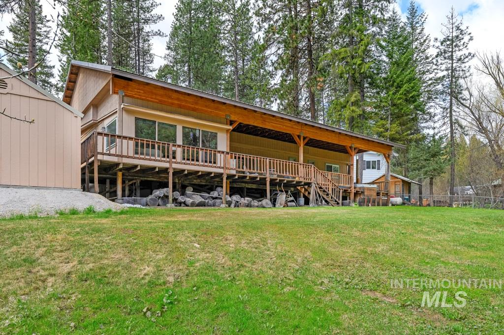6 Lucky Circle Property Photo - Garden Valley, ID real estate listing