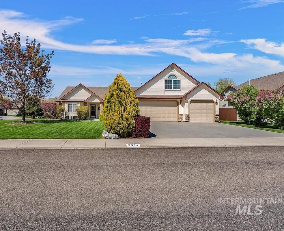3314 W Hatch Ct. Property Photo - Meridian, ID real estate listing