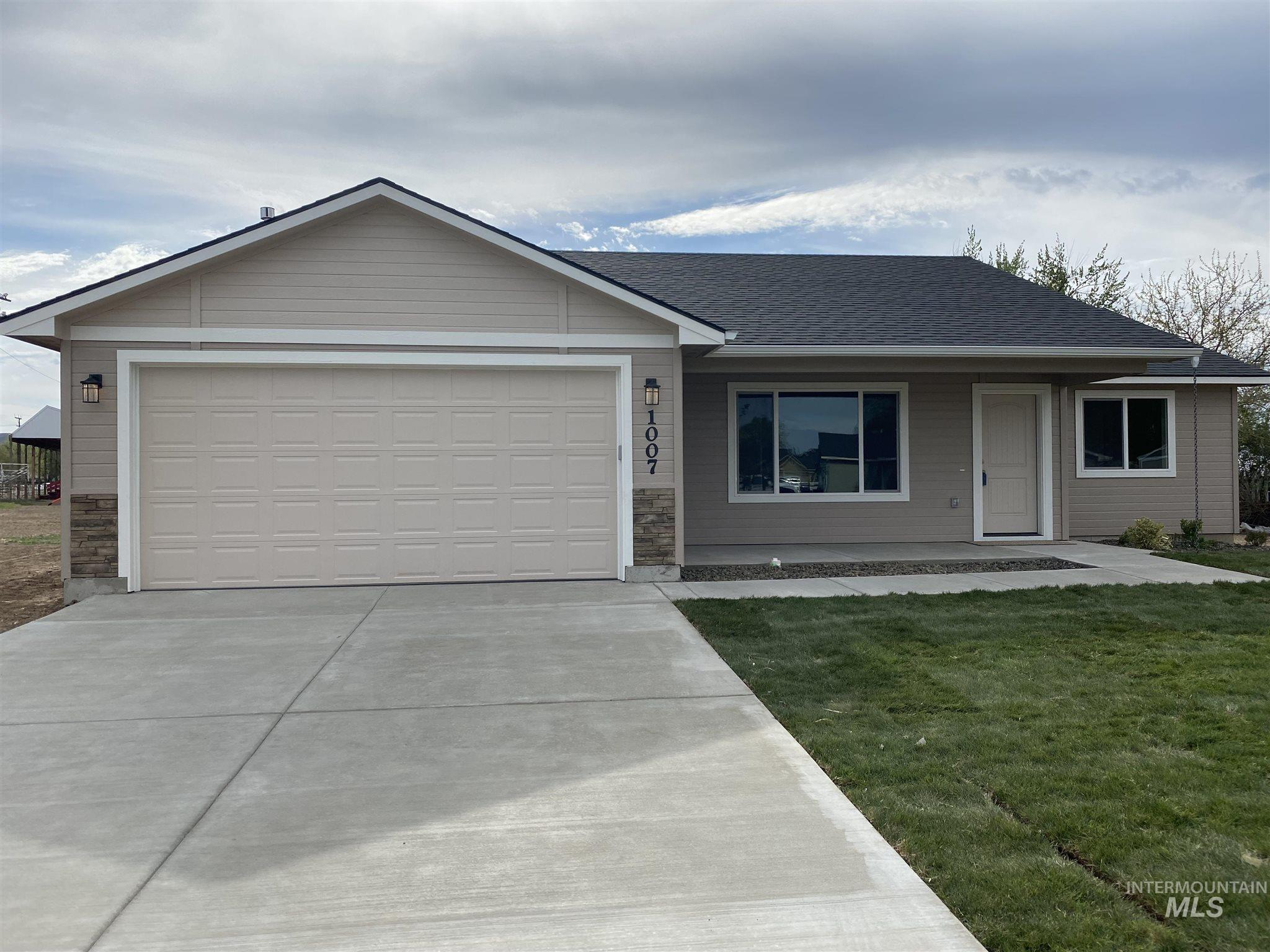 1007 W Butterfield Property Photo - Weiser, ID real estate listing