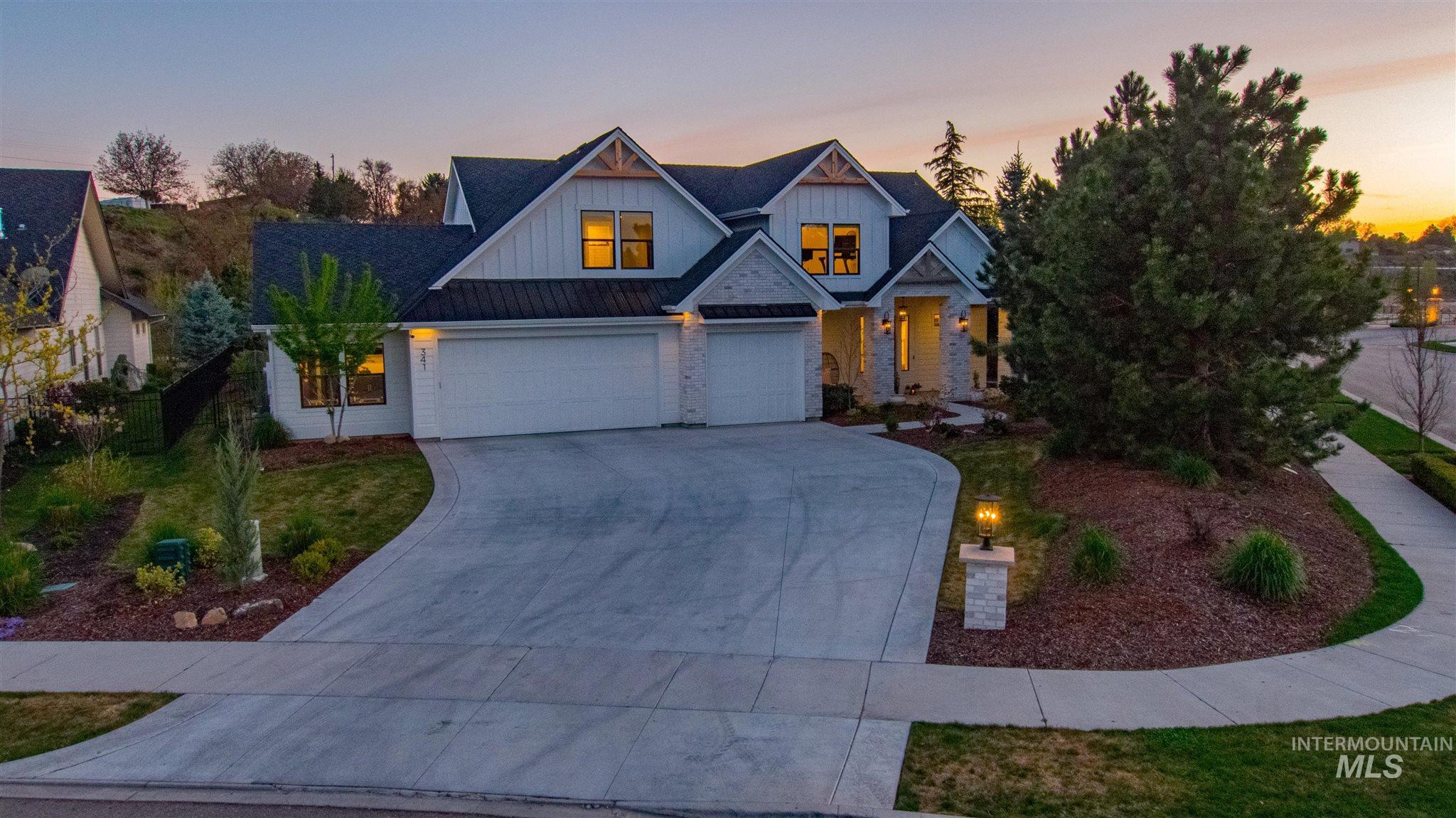 341 E Fishing Creek Lane Property Photo - Eagle, ID real estate listing
