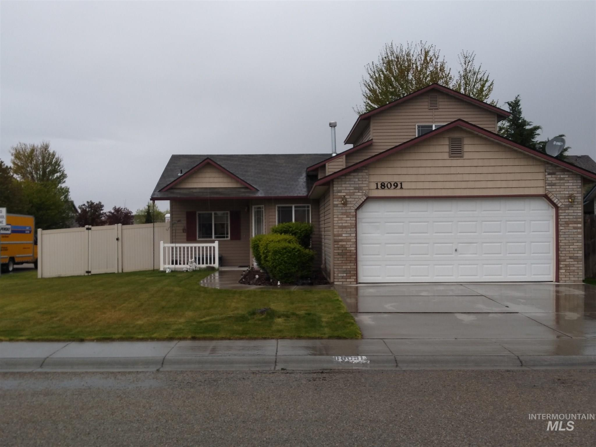 18091 Harvester Avenue Property Photo - Nampa, ID real estate listing